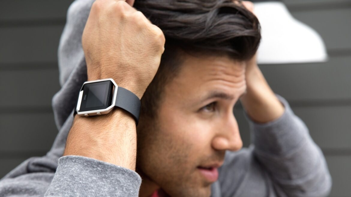 How Do Fitness Trackers Calculate the Steps of a User